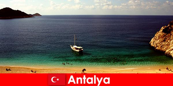 एंटाल्या के लिए तुर्की में उत्प्रवास