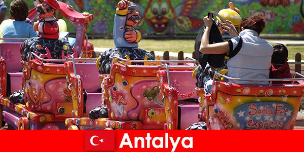 तुर्की में एंटाल्या में एक अच्छा परिवार छुट्टी