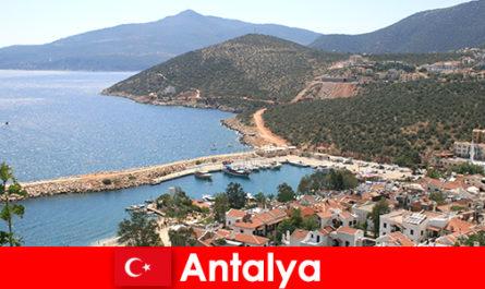 तुर्की एंटाल्या में समुद्र तट
