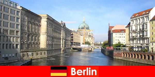 बर्लिन जर्मनी में बच्चों के साथ एक परिवार की छुट्टी के लिए टिप्स