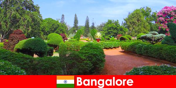 बैंगलोर में छुट्टियों सुखदायक सुंदर पार्क और उद्यान प्यार