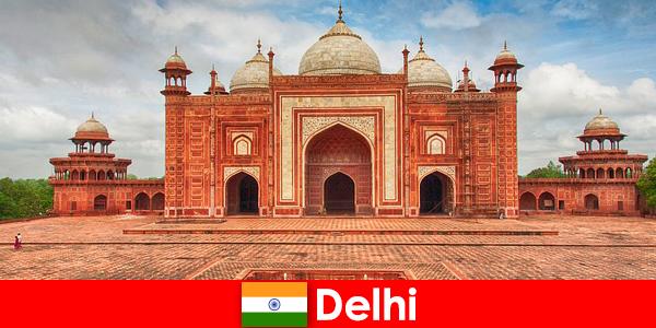 दिल्ली में यात्रियों द्वारा भारत में सबसे अच्छी जगहें क्या पाई जा सकती हैं