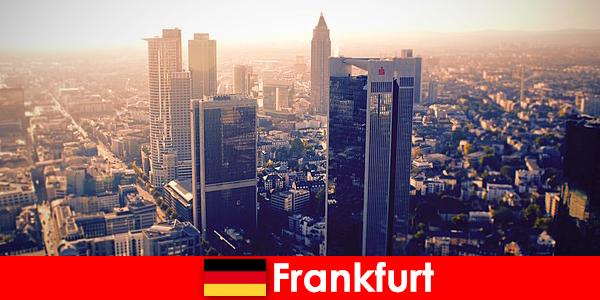 वेश्यालयों और फ्रैंकफर्ट में कश महान मेहमानों के लिए मुख्य प्रथम श्रेणी अनुरक्षण सेवा हूं