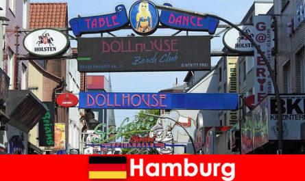 हैम्बर्ग Reeperbahn -नाइटलाइफ़ वेश्यालयों और सेक्स पर्यटन के लिए अनुरक्षण सेवा