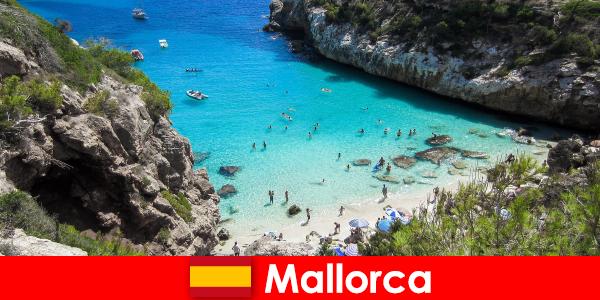 एक प्रवासी के रूप में मल्लोरका द्वीप पर रहने वाले एक पेंशनभोगी के रूप में