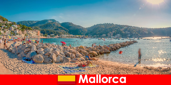 विश्व प्रसिद्ध पार्टी मील और सुंदर समुद्र तटों के साथ मलोरका