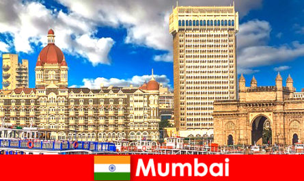 मुंबई अर्थव्यवस्था और पर्यटन के लिए भारत में एक महत्वपूर्ण महानगर