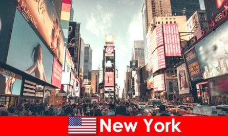 न्यूयॉर्क में खरीदारी यात्रियों के लाखों लोगों के लिए बहुत जरूरी है