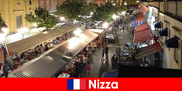 अच्छा प्रदान करता है मधुर रेस्तरां और अच्छी तरह से विदेशियों के लिए नाइटलाइफ़ में भाग लिया