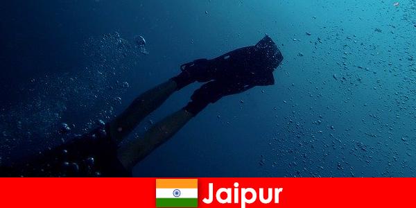 जयपुर में वाटर स्पोर्ट्स गोताखोरों के लिए सबसे अच्छा टिप है