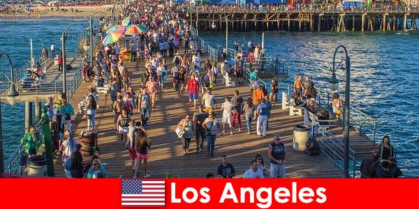 शीर्ष नाव पर्यटन और लॉस एंजिल्स में सवारी के लिए पेशेवर पर्यटक गाइड