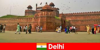 दुनिया भर के सांस्कृतिक यात्रियों के लिए दिल्ली भारत में स्पंदन जीवन