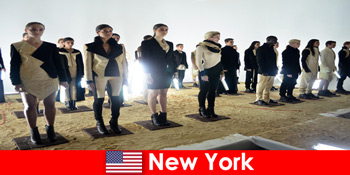 न्यूयॉर्क संयुक्त राज्य अमेरिका के प्रसिद्ध थियेटर जिले के लिए अजनबियों के लिए सांस्कृतिक यात्रा