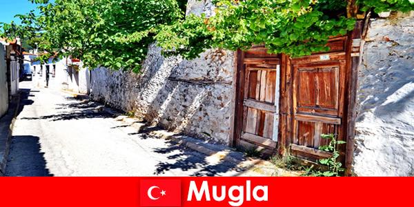 सुरम्य गांवों और मेहमाननवाज स्थानीय लोगों ने मुगला तुर्की में पर्यटकों का स्वागत
