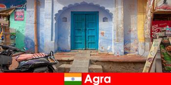 ग्रामीण गांव के जीवन में आगरा भारत के लिए विदेश यात्रा
