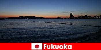 फुकुओका अनुभव जापान के सुंदर शहर के माध्यम से समूहों के साथ क्षेत्रीय दौरे