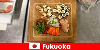 फुकुओका जापान पाक यात्रियों के लिए एक लोकप्रिय गंतव्य है