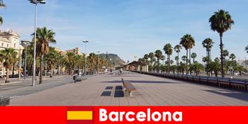 बार्सिलोना स्पेन में, पर्यटकों को सब कुछ अपने दिल की इच्छाओं को मिल जाएगा