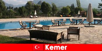 परिवार के साथ गर्मियों में छुट्टियों के लिए केमर तुर्की के लिए सस्ती उड़ानें, होटल और किराया